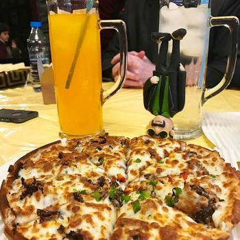 پیتزا خونه (وکیل آباد)
